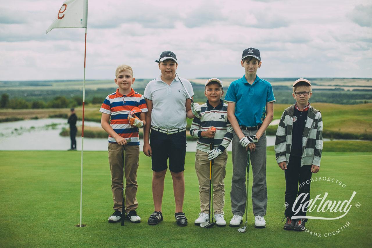 Первый детско-юношеский турнир по гольфу «Тёма трофи»